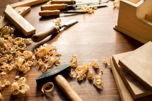 Instalador de elementos de carpintería y mueble